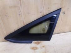 FORD  FIESTA   Mk 8    FRONT  WINDOW / GLASS  PASSENGER  SIDE   TRIM  2008 - 2014 (6)